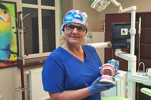 Anita Mendrek–Bialasiewicz dentysta zabrze protetyka